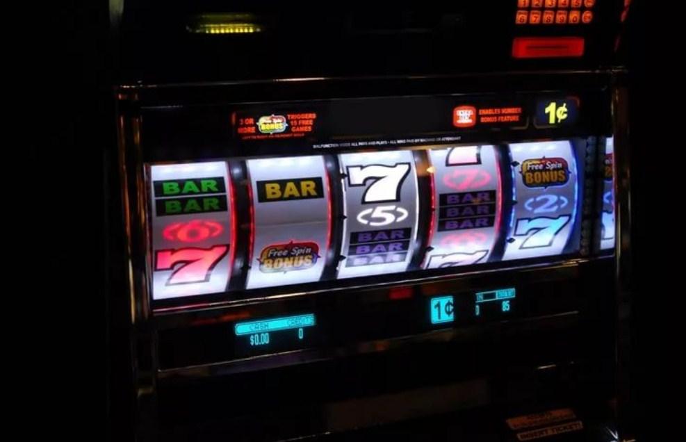 Игровые автоматы полны экран игровые автоматы джсм делюкс